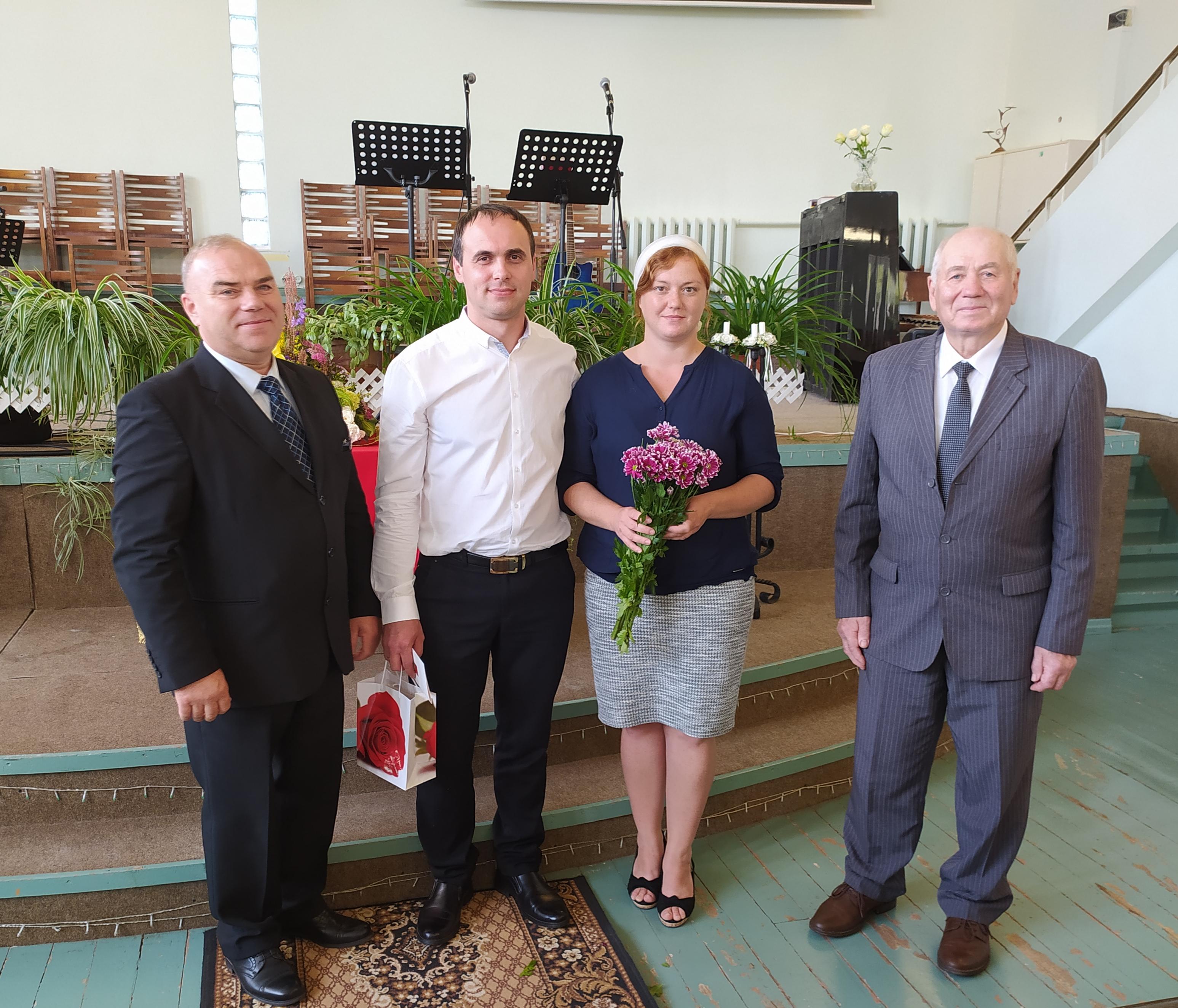 """рукоположение в церкви """"Голгофа"""""""